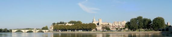 799px-Avignon_Panorama