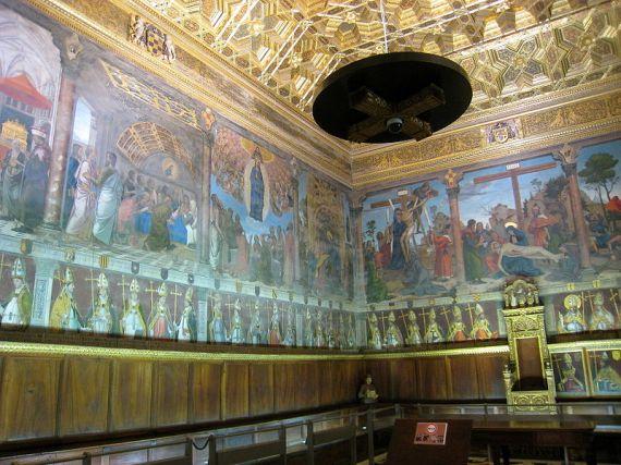 800px-Sala_Capitular_(Catedral_de_Toledo),_Toledo,_Spain_-_1