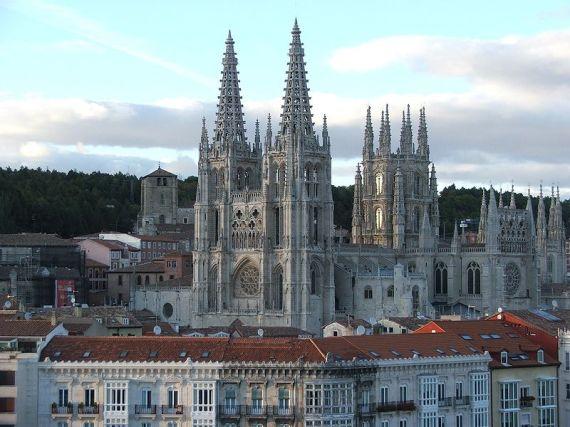 800px-Catedral_de_Burgos_II