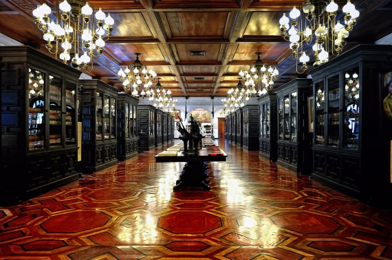 Malacanang-Palace-Interior-Manila-Philippines-AspirantSG